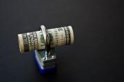Кризис растит конкурентов доллару