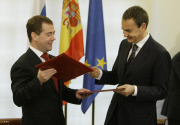 Медведев предложил Европе меняться