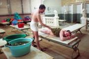 Москвичи сэкономят на банях и химчистках