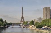 Франция вольет в экономику 26 млрд евро