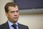 Медведев послал ЕС на Украину