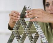 """Финансовым """"пирамидам"""" кризис нипочем"""
