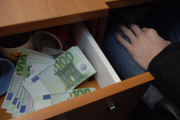 Верим в рубль, но копим в валюте