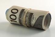 Доллар закрепился ниже 30 рублей
