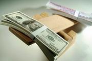 Тяжелая ноша доллара
