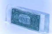 Январь: доллар примерз