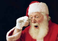 http://fmimg.finmarket.ru/PM/261211/santa.jpg