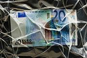 """Евро нащупывает """"дно"""""""