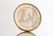 Евро не удержался на максимуме