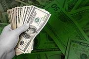 Риски выросли - доллар прибавил