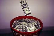 Доллар на минимуме за месяц