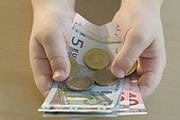 Каждый заплатит за стабильность евро