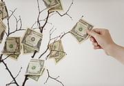 Инвесторы потянулись к доллару