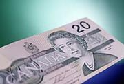 Канадский доллар попал в резервы