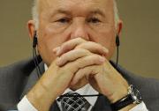 Лужков отправлен в отставку, потеряв доверие