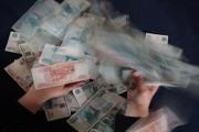 Трудный месяц для рубля