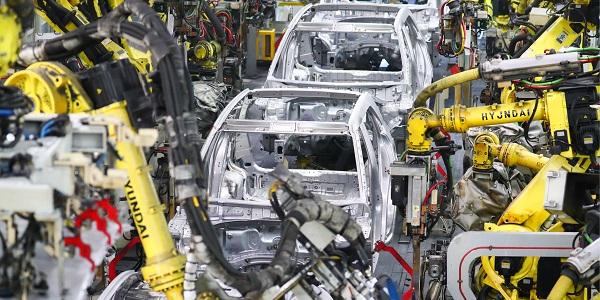 Производство автомобилей в РФ в 2020 году снизится на 20%