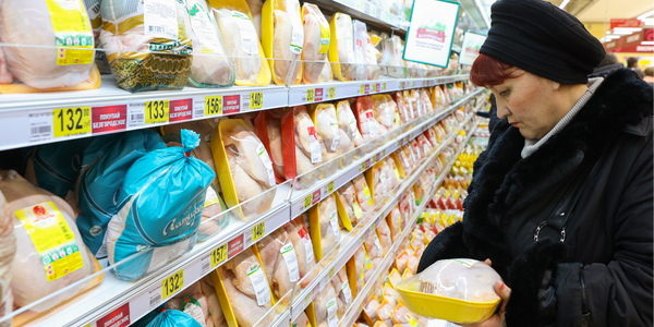 Россияне переходят на более дешевое и диетическое мясо